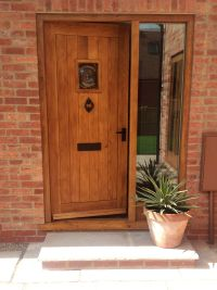 External Traditional Solid Oak Door | Solid oak doors, Oak ...