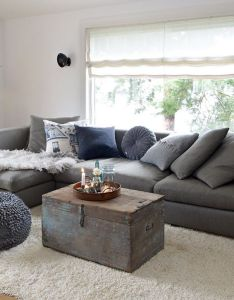 Cozy grey couchesdecorating ideasdecor also pin by lori gami on come into my parlor pinterest oslo house rh