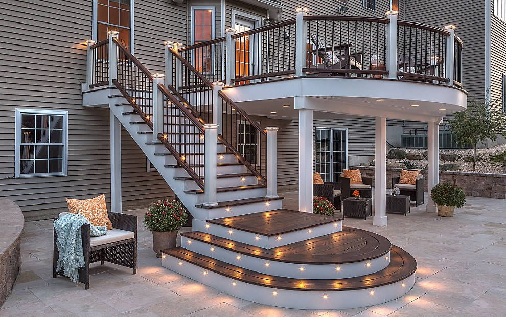 Trex Transcend Composite Decking And Railing Trex In Spiced Rum And Village Lantern With Trex Deck Lighting