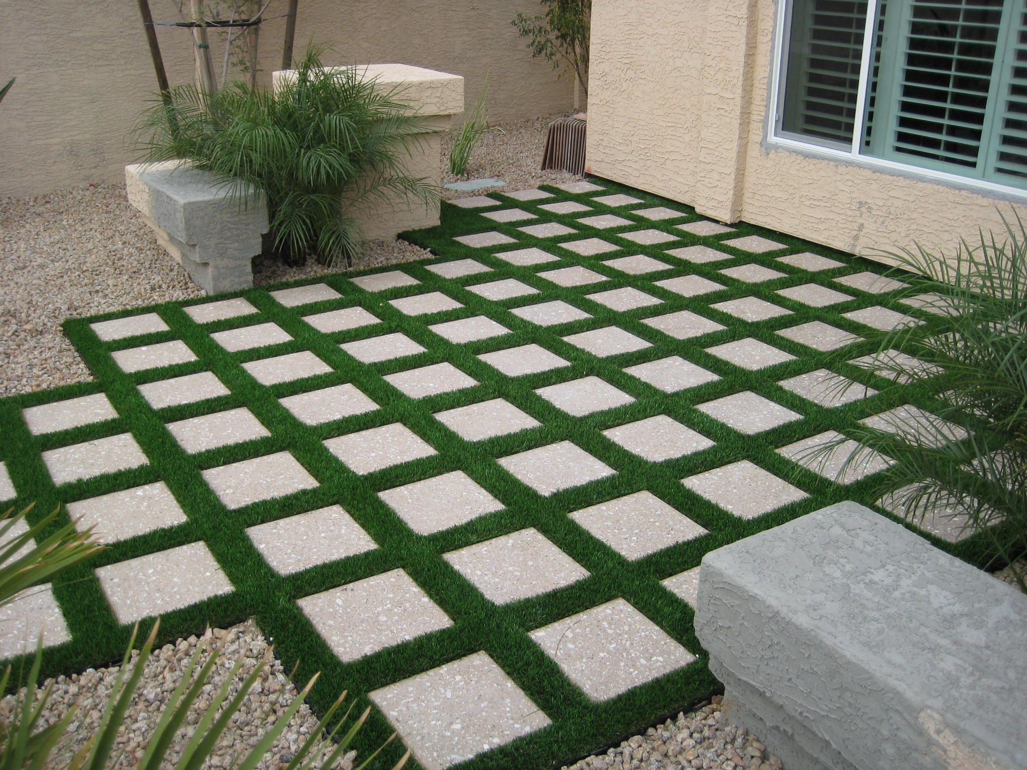 Low Maintenance Front Yard Landscaping Pictures Small Front Yard