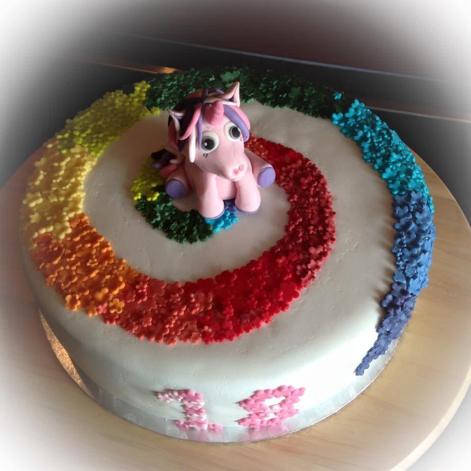 Einhorn Regenbogen Torte Unicorn Rainbow Cake  Meine