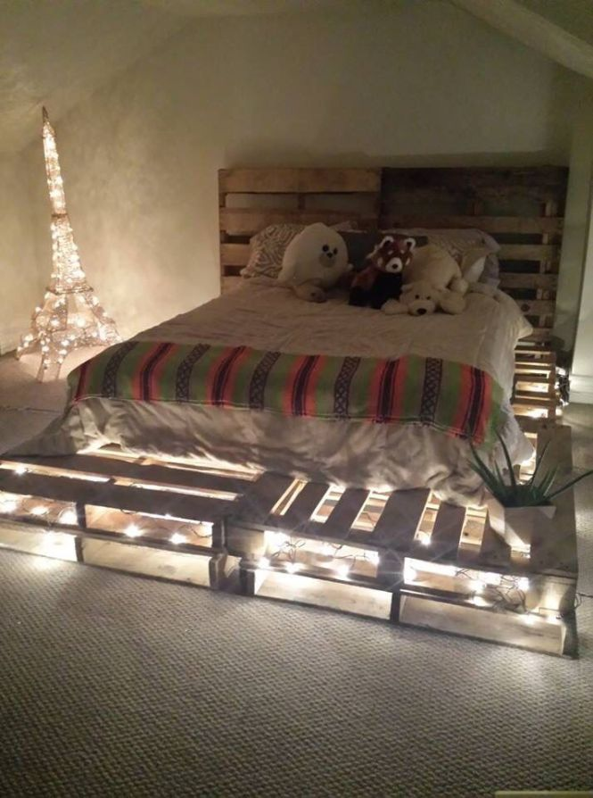 Diy Pallet Board Bed Frame And Headboard Idea Used 10 Boards Total For Queen