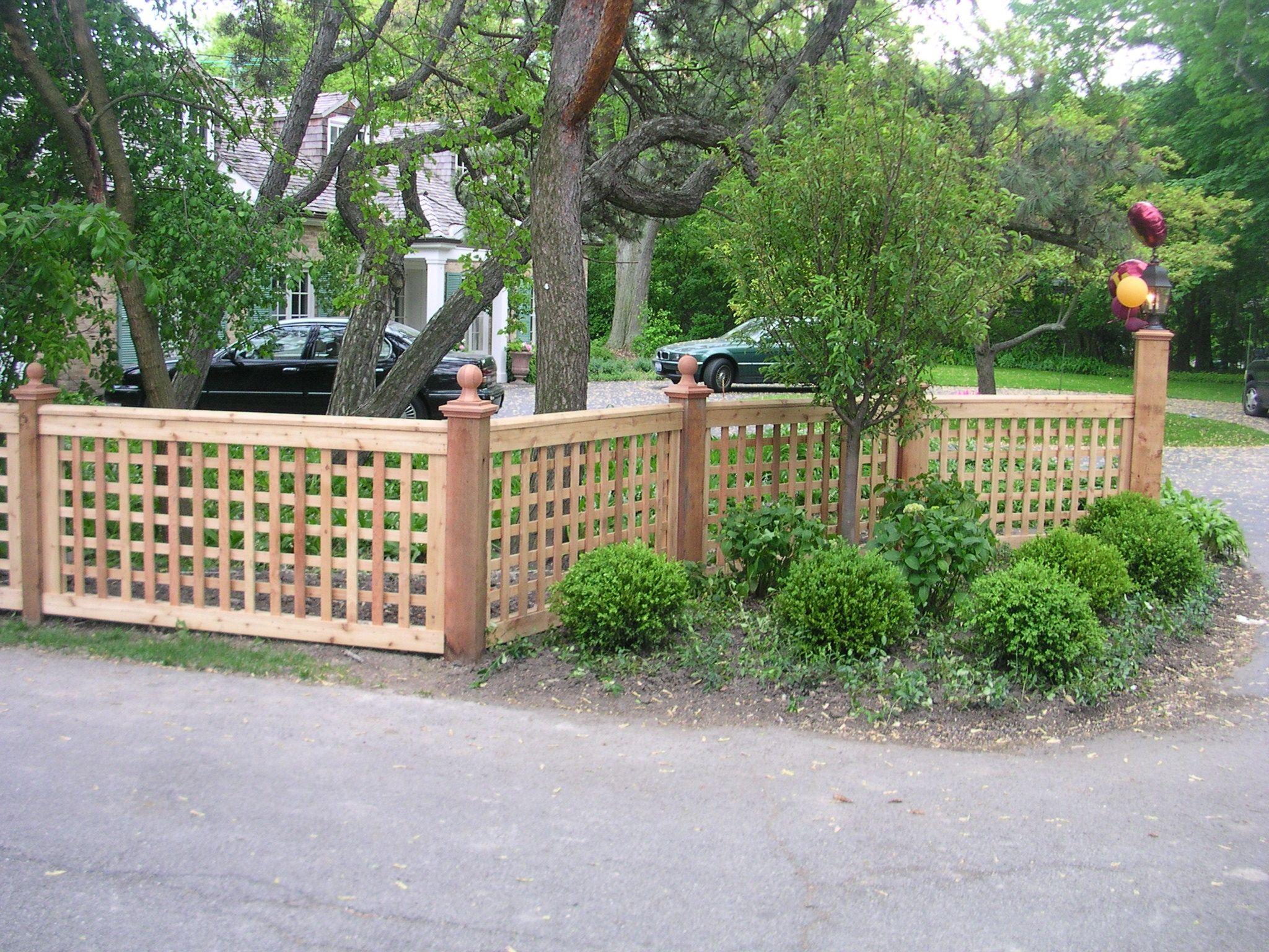 Garden Amp Patio Low Lattice Fence Idea For Front Garden Regarding