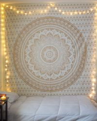 Best 25+ Tapestry ideas on Pinterest | Tapestries, College ...