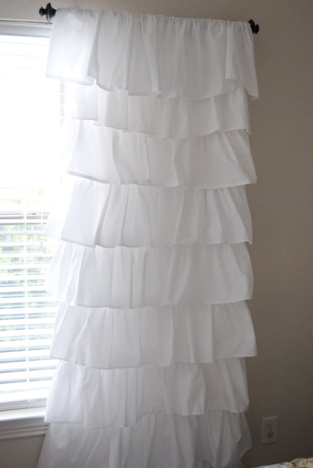 Make Your Own Expensive Looking Ruffled Curtains Using 4 Flat