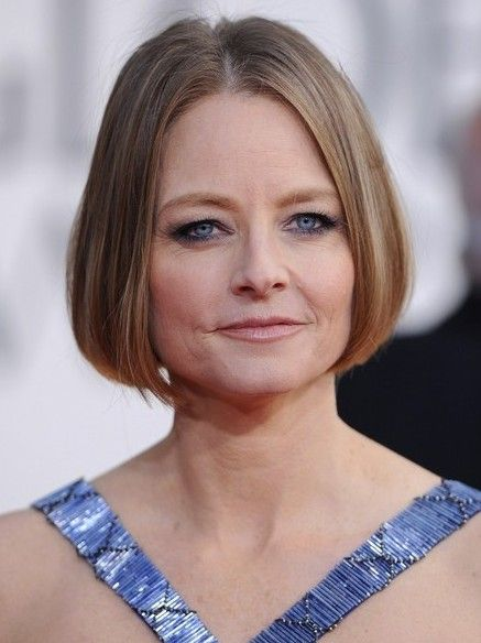 Short Sleek Bob Haircut For Women Over 50 Jodie Foster
