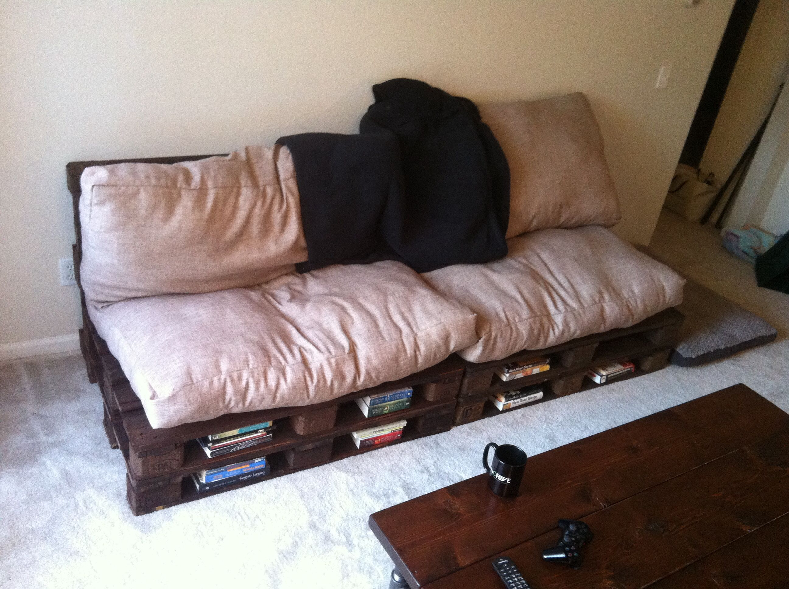 diy sofa from pallets custom sectional chicago home made pallet couch and cushions reclaimed wood