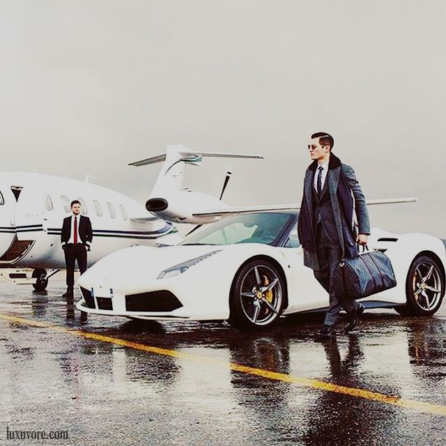 Soulmate24com Business Trip  Luxury Lifestyle Mens Style