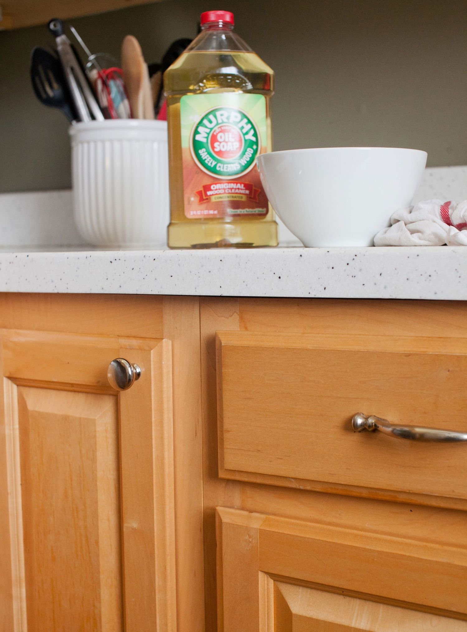 How To Clean Wood Kitchen Cabinets And The Best Cleaner For The Job