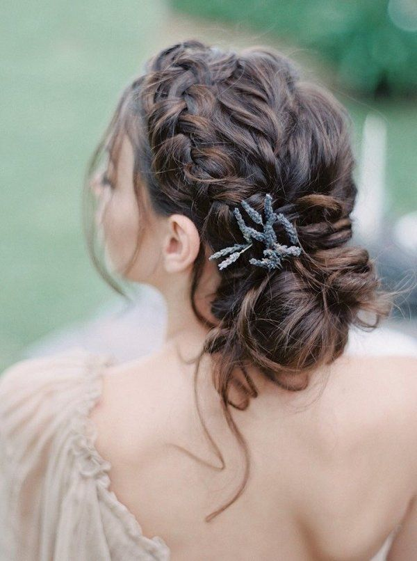 20 Spring Summer Wedding Hairstyle Ideas That Are Positively Swoon