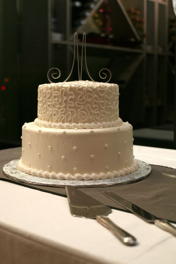 25th Anniversary Cake - Simple Buttercream. Add Silver