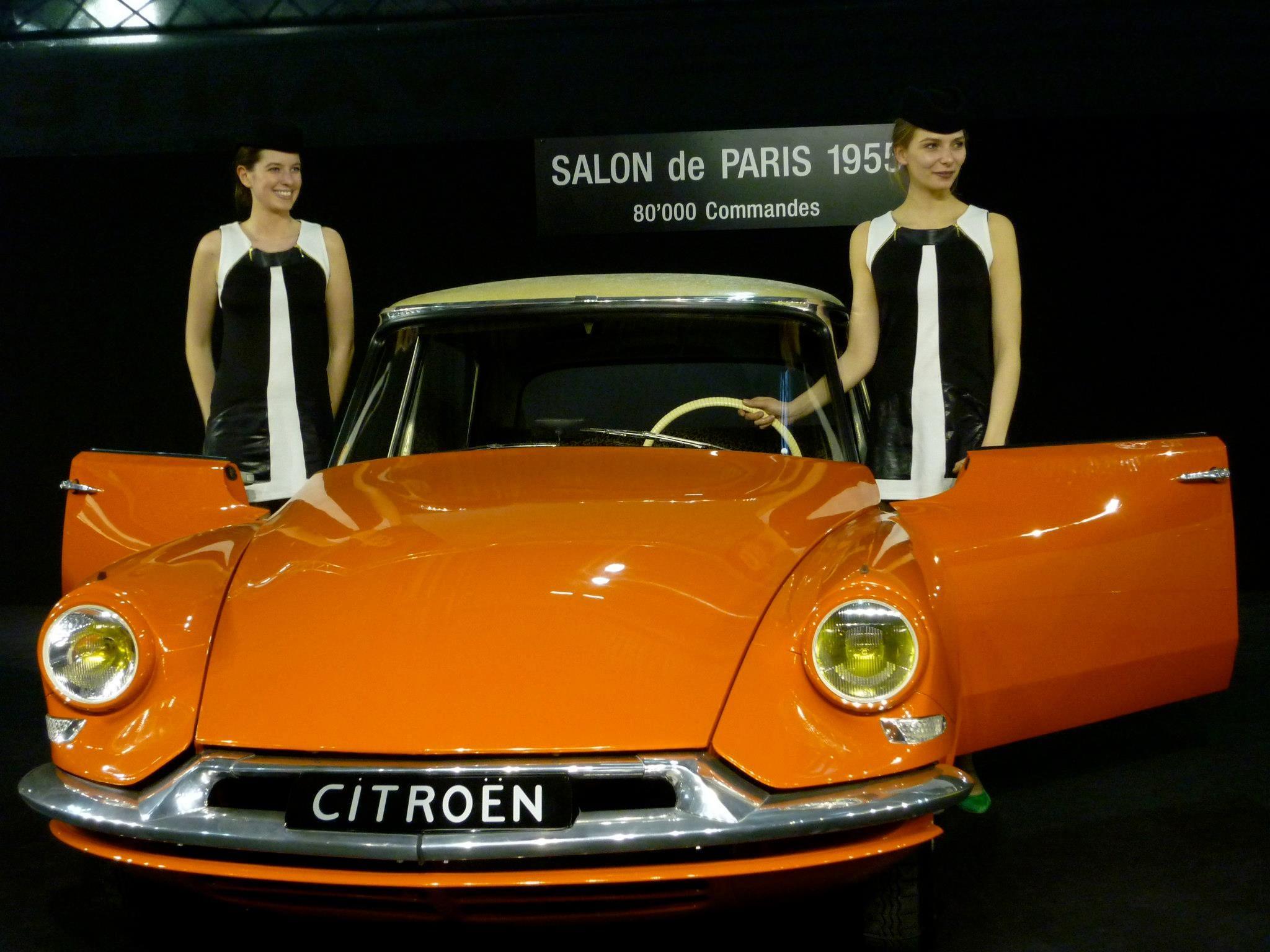 Citron DS19 1955 millsimes 195681962 Lattraction du Salon de lAutomobile Paris 510