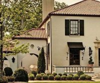 Nice finish scheme - stucco, roof color, trim and shutter ...