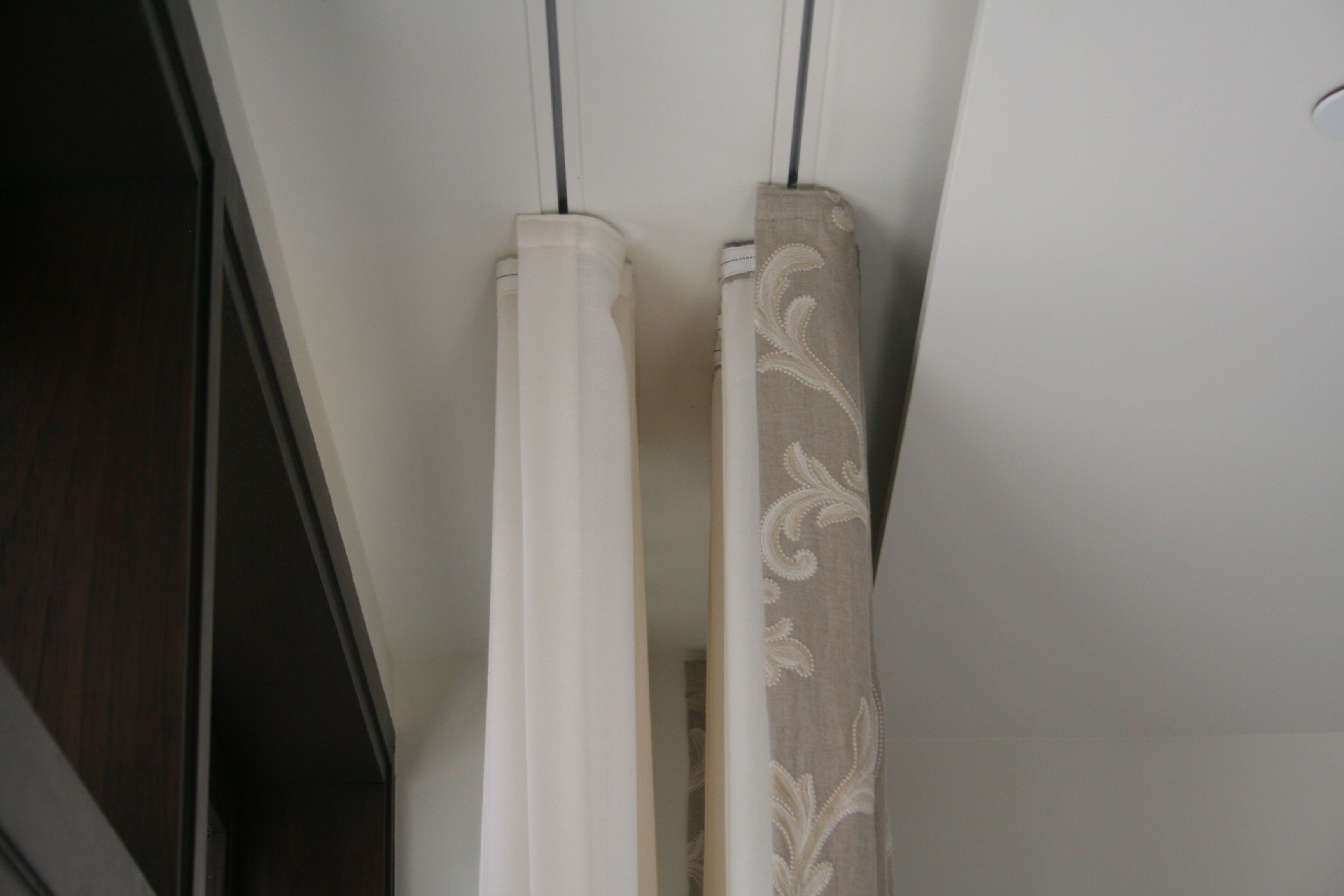 Recessed ceiling curtain track -