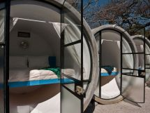 Sleeping Pods Japan Hotel