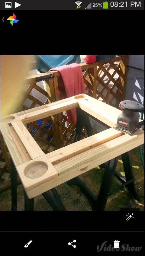 Mesa de Domino hecha con pallet reclclada  IDEAS
