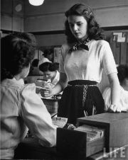 vintage fashion 1940s