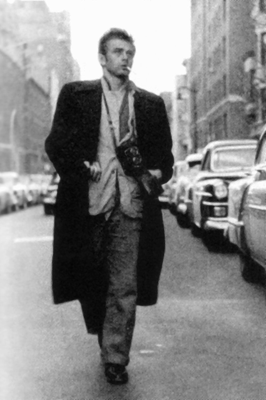 James Byron Dean Celebrities And Their Cameras Pinterest