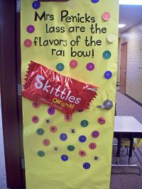 Room Mom 101: Candy Themed Door Decorations | teacher ...