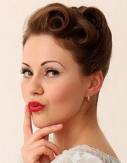 Victory Rolls 1940s Hairstyle Ideas Victory Rolls For Modern
