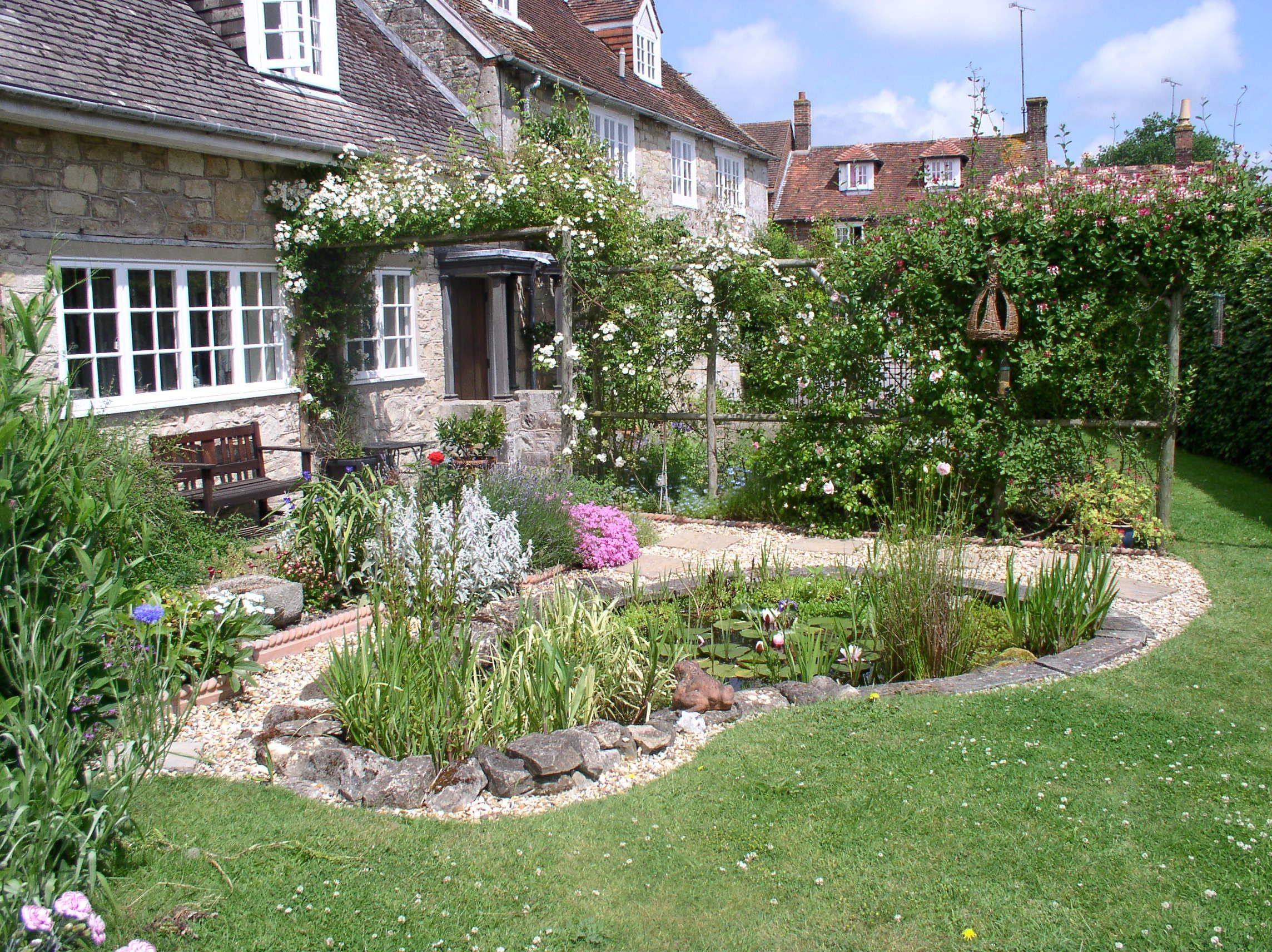 Small Wildlife Garden Garden Designed Primarily To Attract