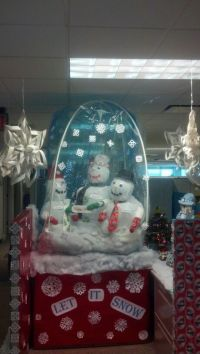 Snow Globe cubicle decorating | Creativity: I got skillz ...