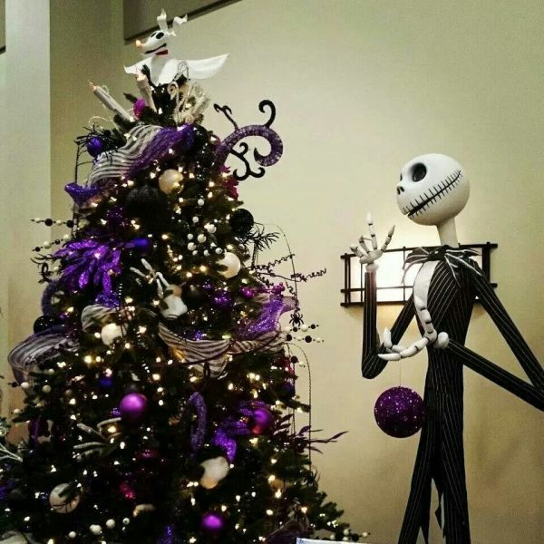 black halloween tree nightmare before christmas