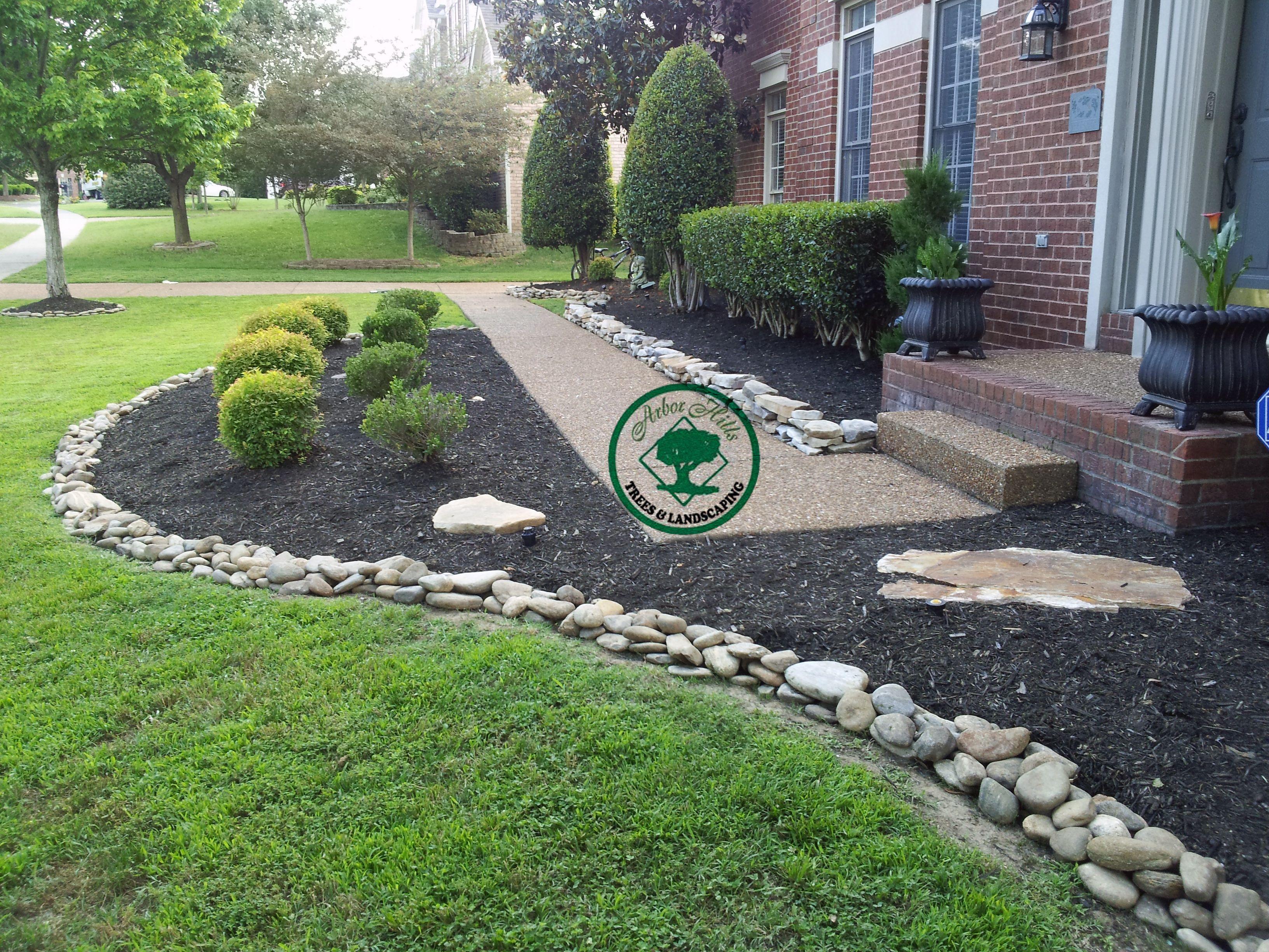 River Rock Vs Mulch Landscaping My Garden Pinterest