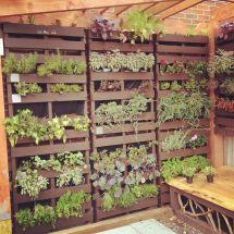 Pallet Garden Idea. Thinking Of Over Chain