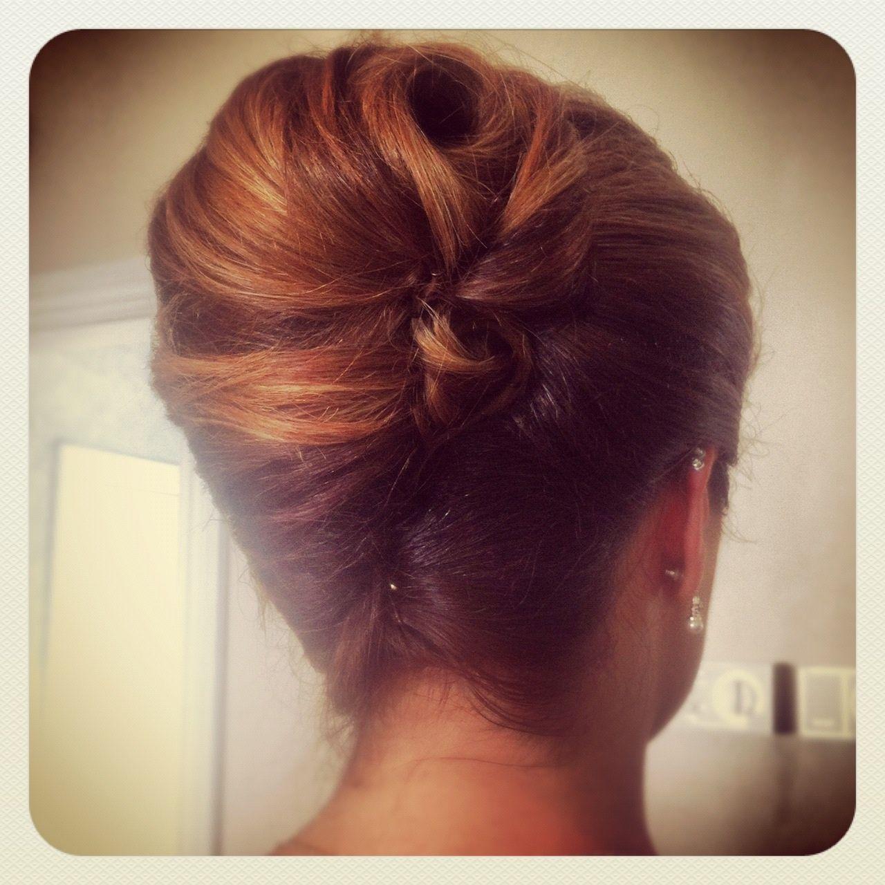 Classic French twist wedding hairstyles  elegant
