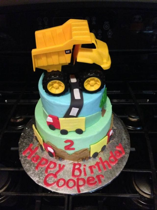 2year old boy birthday cake trucks dumptruck
