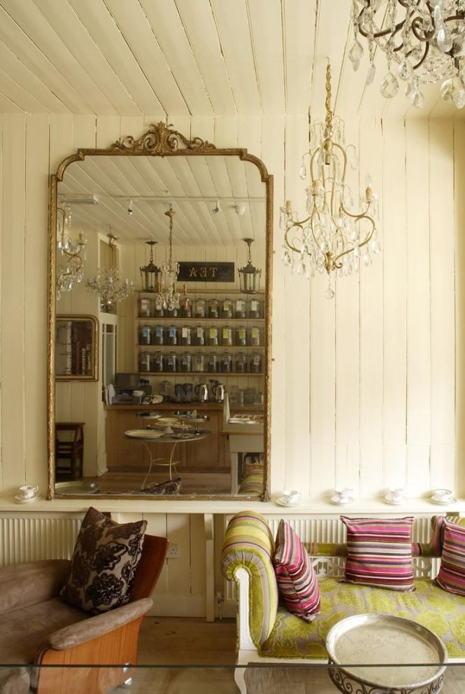 Le Chandelier In East Dulwich London Photo Pinned From 1st Option Locations