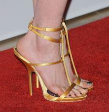 Anne Hathaway Female Celebrity Feet