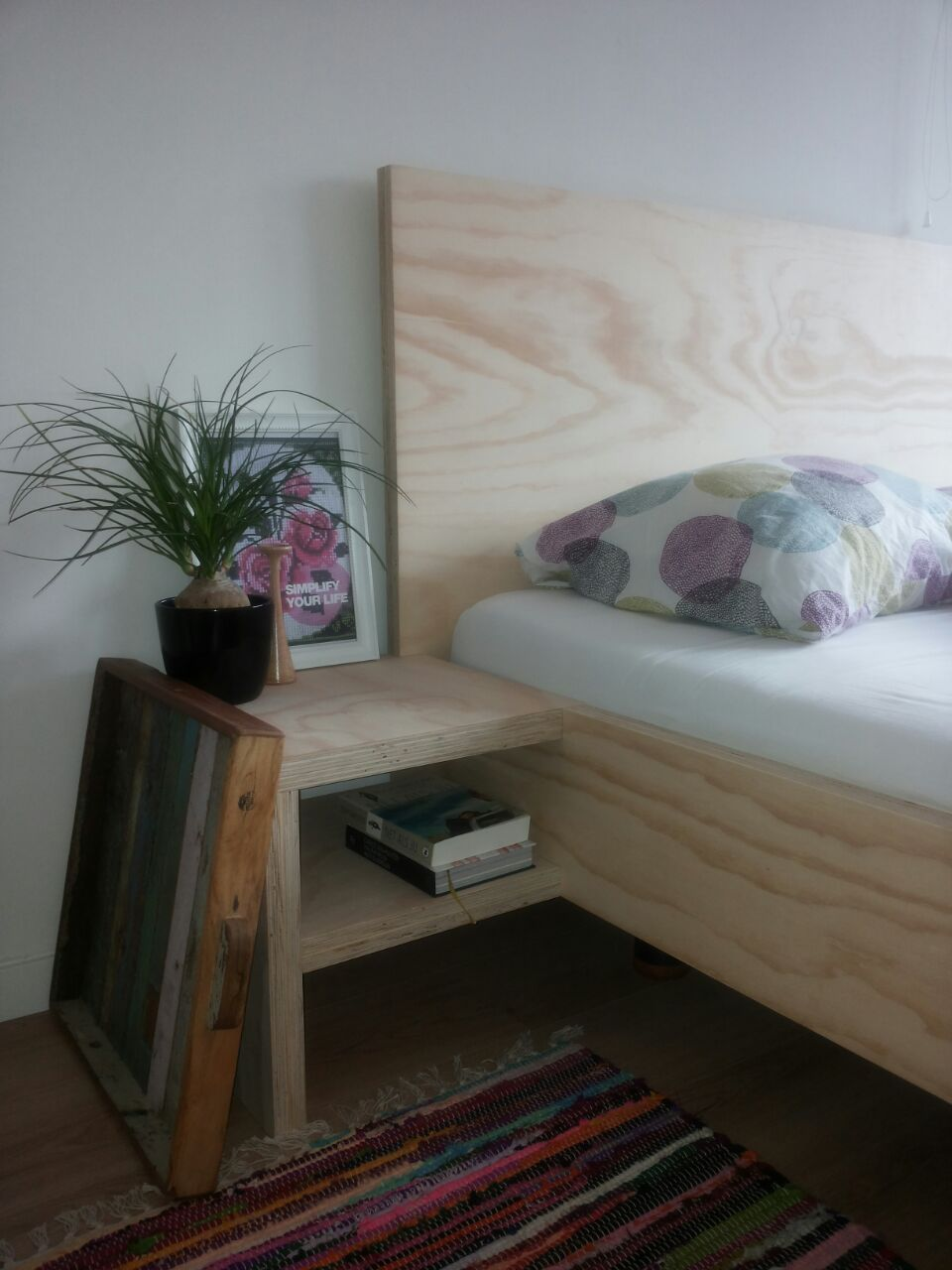 Bedombouw van underlayment  plywood Eigen ontwerp zonder