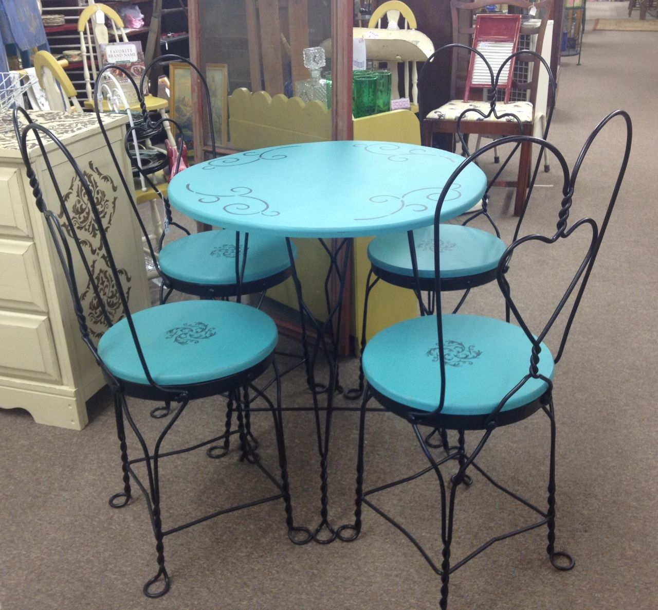 ice cream parlor table and chairs high back beach chair painted antique parlour