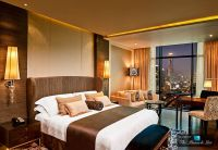 Living Stingy: Expensive Hotels
