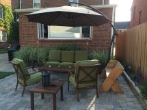 Small Backyard Patio. Cantilever Umbrella Patio Furniture