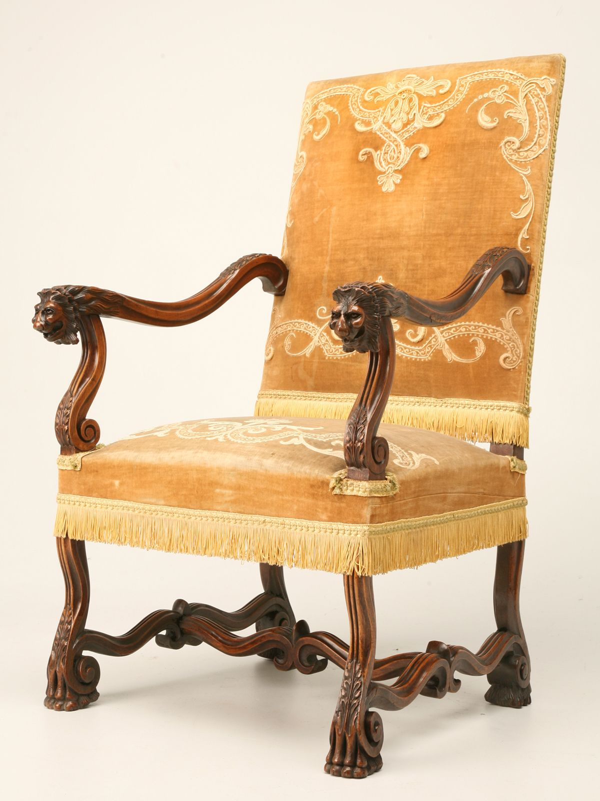 Lion Chair Antique Walnut Throne Chair In The Louis Xiii Style