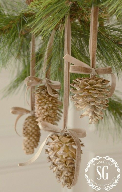 bleached pinecones diy so easy and so beautiful stonetableblog com pinecones decorations diychristmas