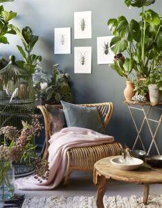 Explore botanical decor interior plants and more also romantisch urban jungle interieur met rotan stoel rh za pinterest