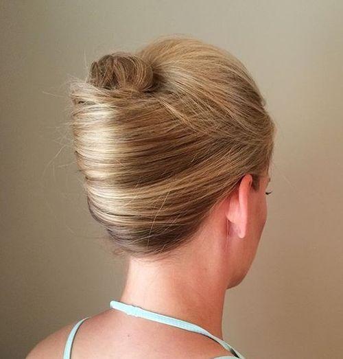 40 Stylish French Twist Updos Hairstyles  French twists
