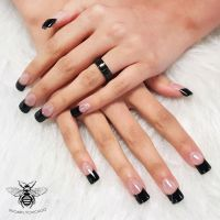 French manicure with black tips | We