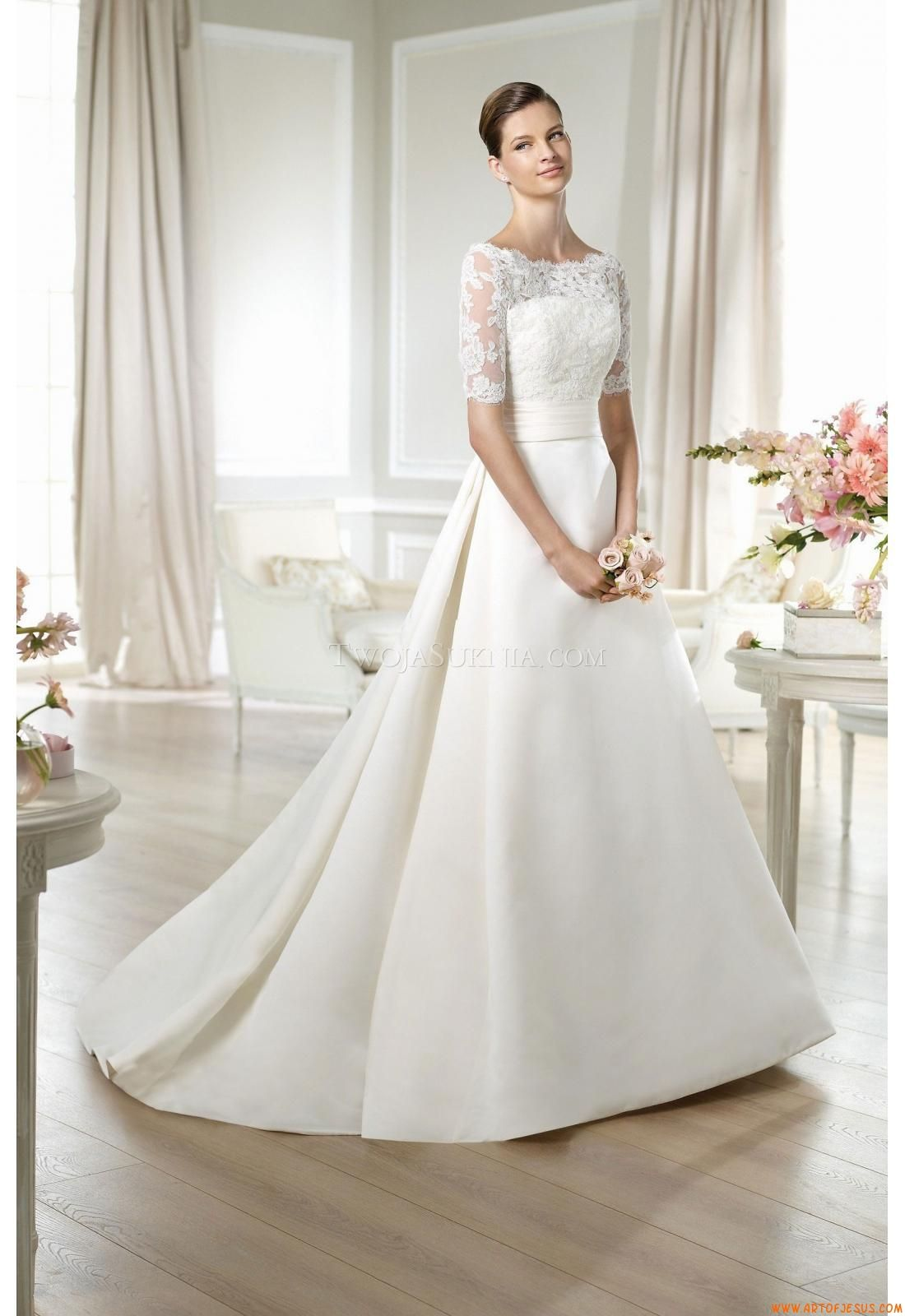 Brautkleid Mit Spitzenärmel Aus Der Agnes By Mode De Pol