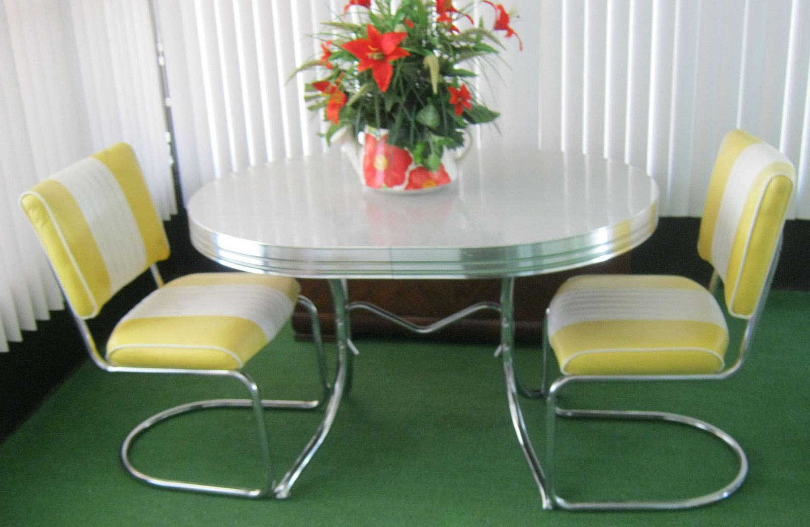 Vintage Retro 1950's Chrome Gray/Yellow Dining Kitchen