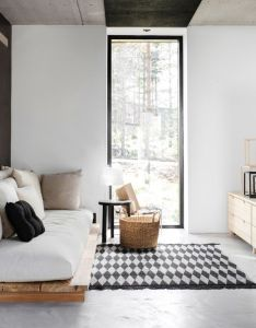 Interiorenticing black and white scandinavian living room design ideas with pallet deck cushions simple fireplace featuring round end table also deko house maja home pinterest rh za