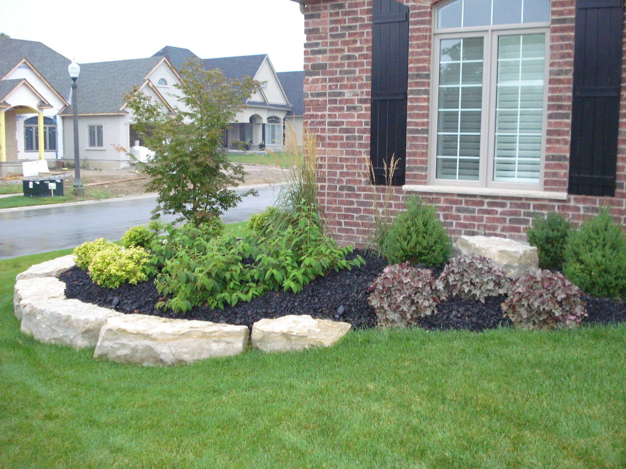 Front Flower Bed Landscaping Ideas How Much Does Landscaping