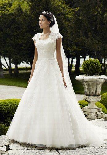 Brautkleid Von Lilly Die Schönsten Hochzeitskleider 2014