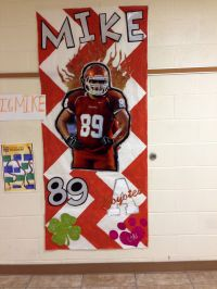 Football door decoration | AHS CHEER | Pinterest ...