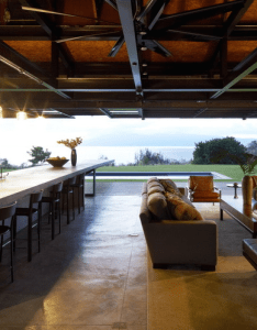 Gorgeous indoor outdoor room in the slaughterhouse beach house maui add this to dream vacation also michelle bikic architecture pinterest rh