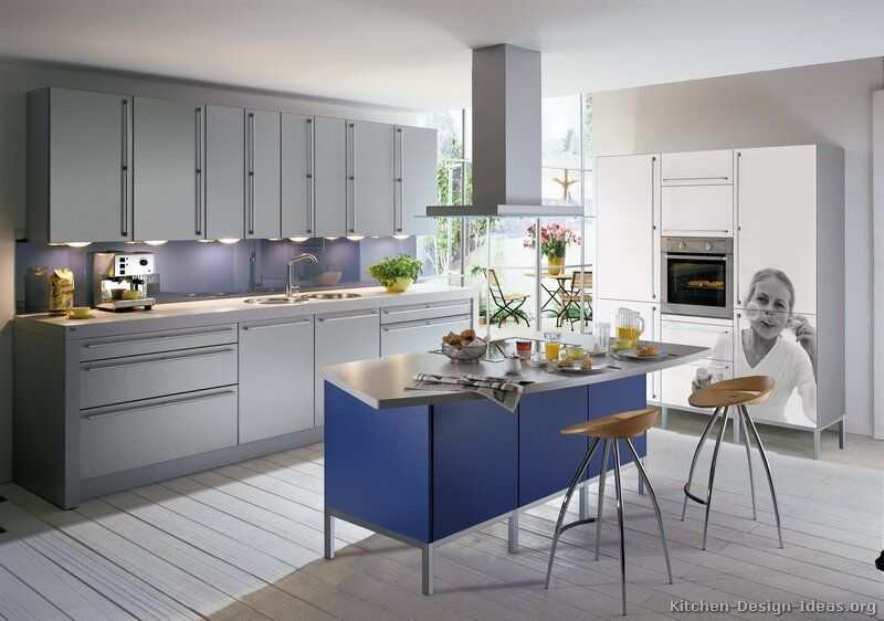 Kitchen of the Day A cool gray kitchen with a blue